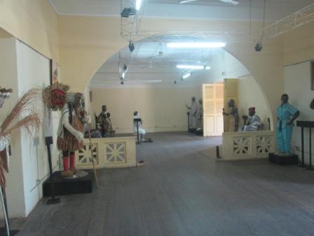 Salle d'exposition Musée de Bassam (Ph.Badra)